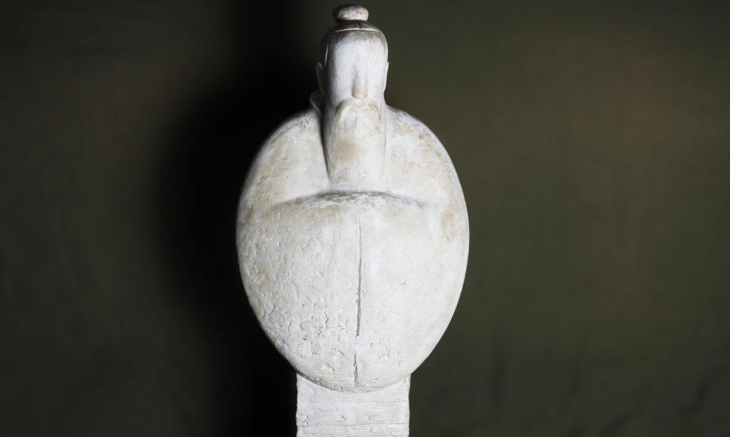 博仟雕塑公司创作的孔子校园景观雕塑