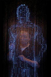 人物灯光雕塑