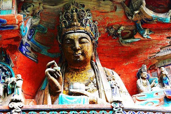 四川大足宝顶大型石雕佛像雕塑