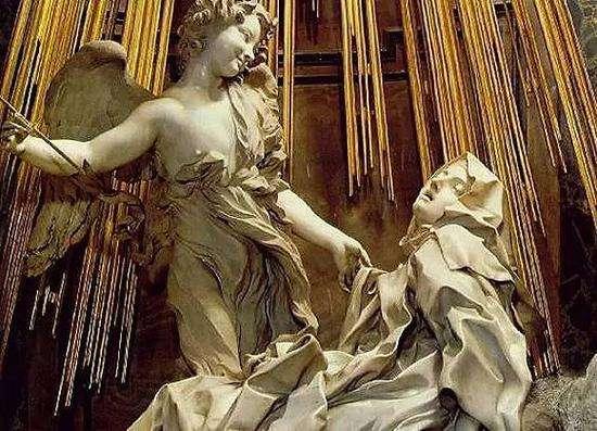圣特雷沙的狂喜人物雕塑