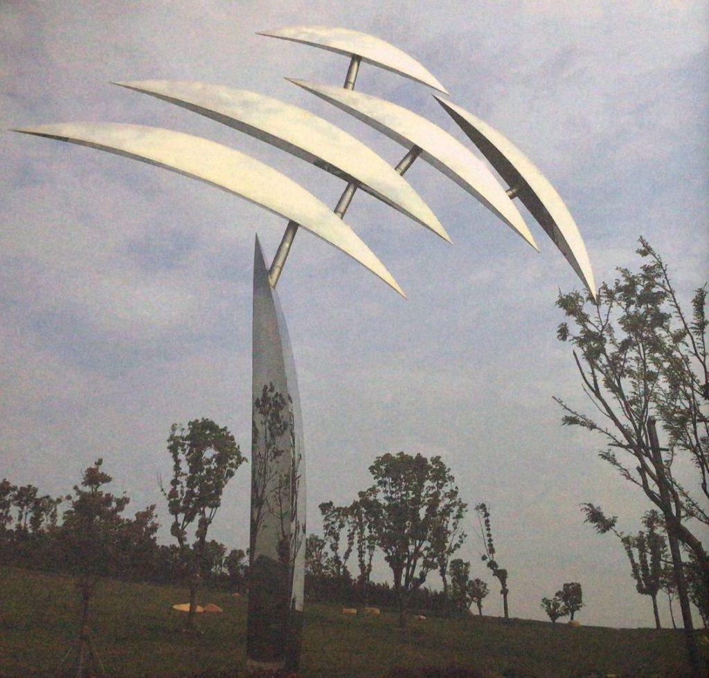 飞-大型抽象不锈钢镜面树叶城市景观雕塑