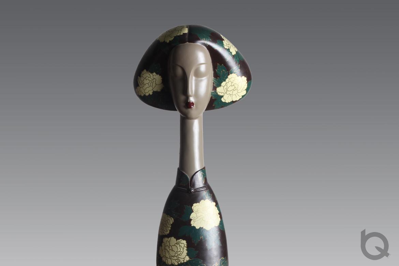 博仟雕塑公司为客户玻璃钢树脂人物雕塑定制的玻璃钢雕塑工艺品全景高清图