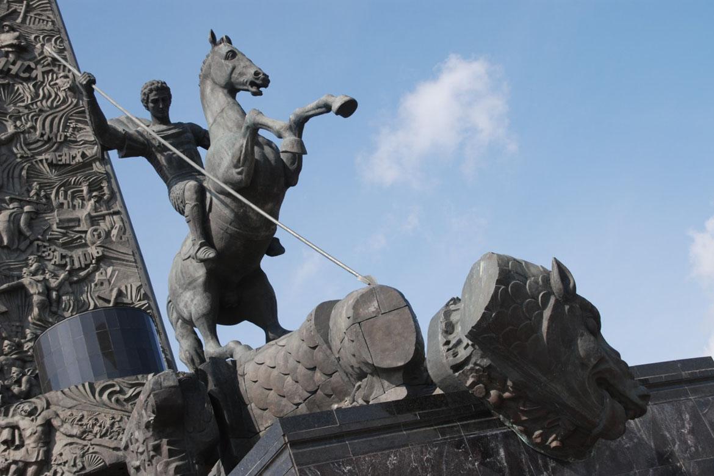博仟北京雕塑厂制作纪念性雕塑