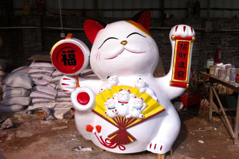 招财猫卡通动物雕塑