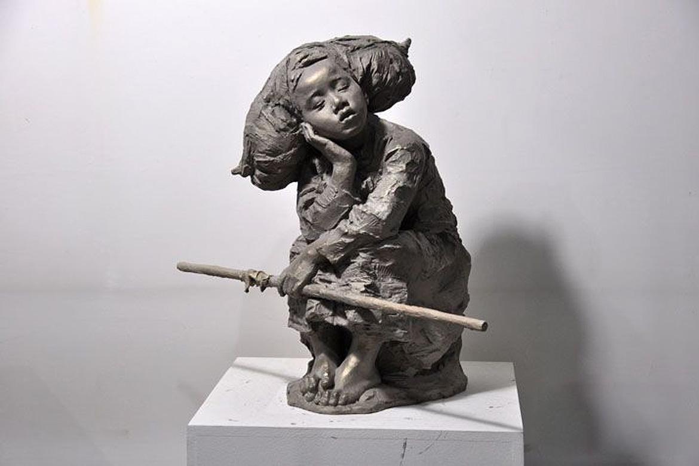 博仟北京雕塑公司吹笛子的女人铸铜雕塑欣赏