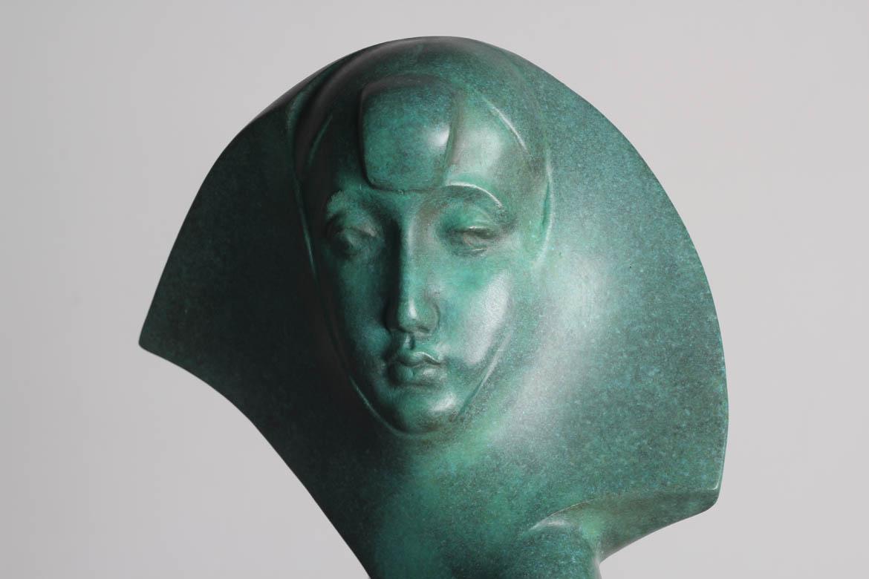 渔姑铸铜抽象人像