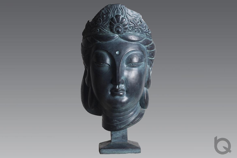 观音佛像铸铜雕塑正面高清图