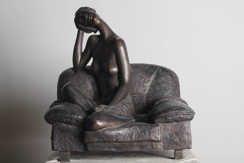 博仟雕塑公司的青铜人体雕塑