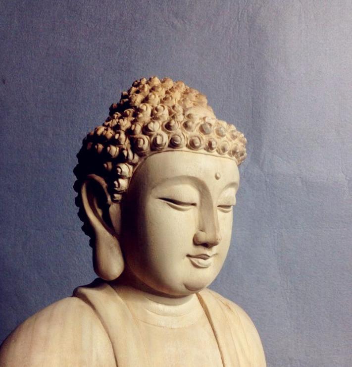 释迦摩尼木雕刻佛像图片